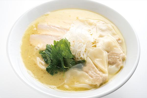 名物 鶏白湯ラーメン